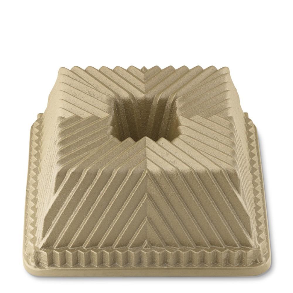 Nordic Ware Square Bundt 174 Cake Pan Williams Sonoma Au