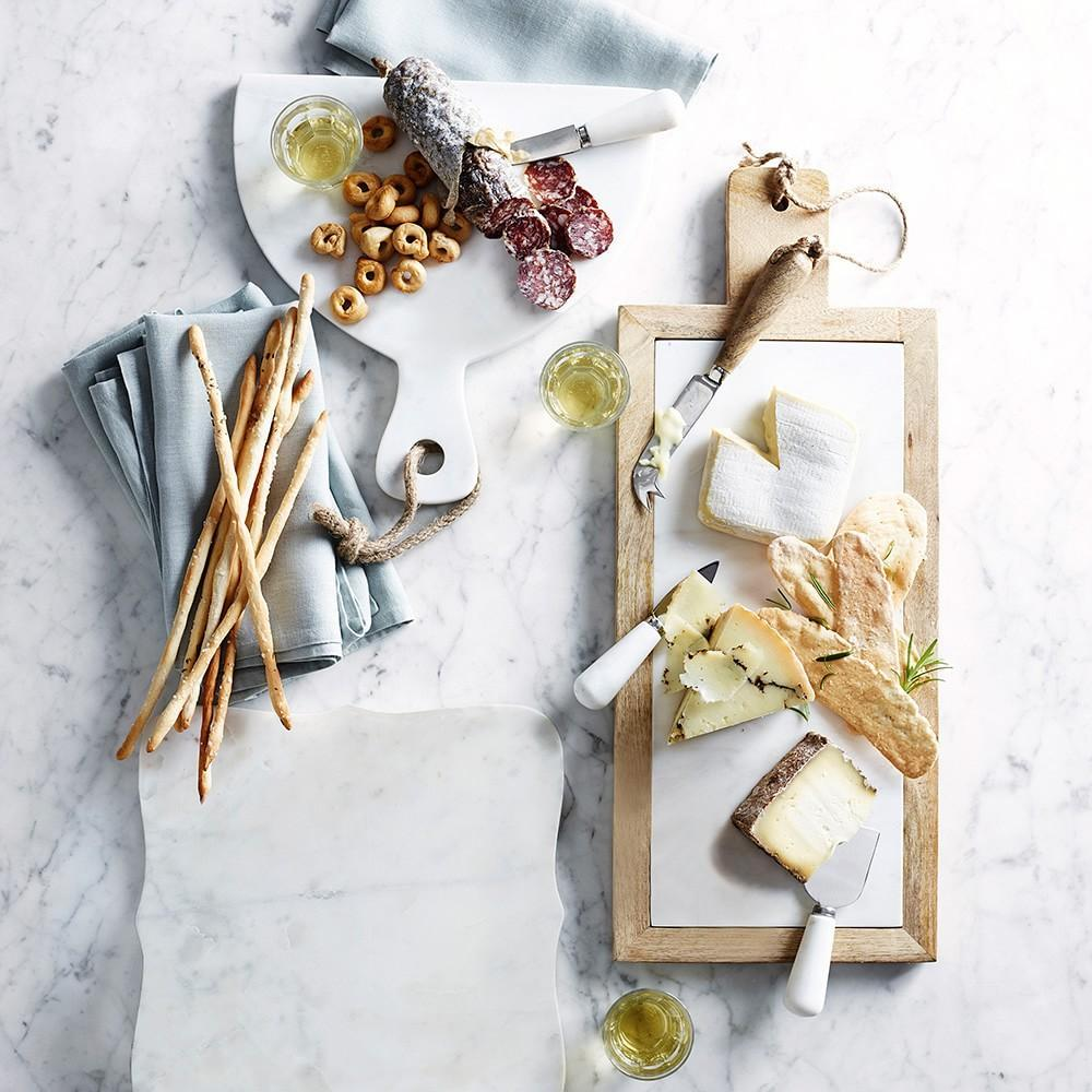 Scalloped White Marble Cheese Board