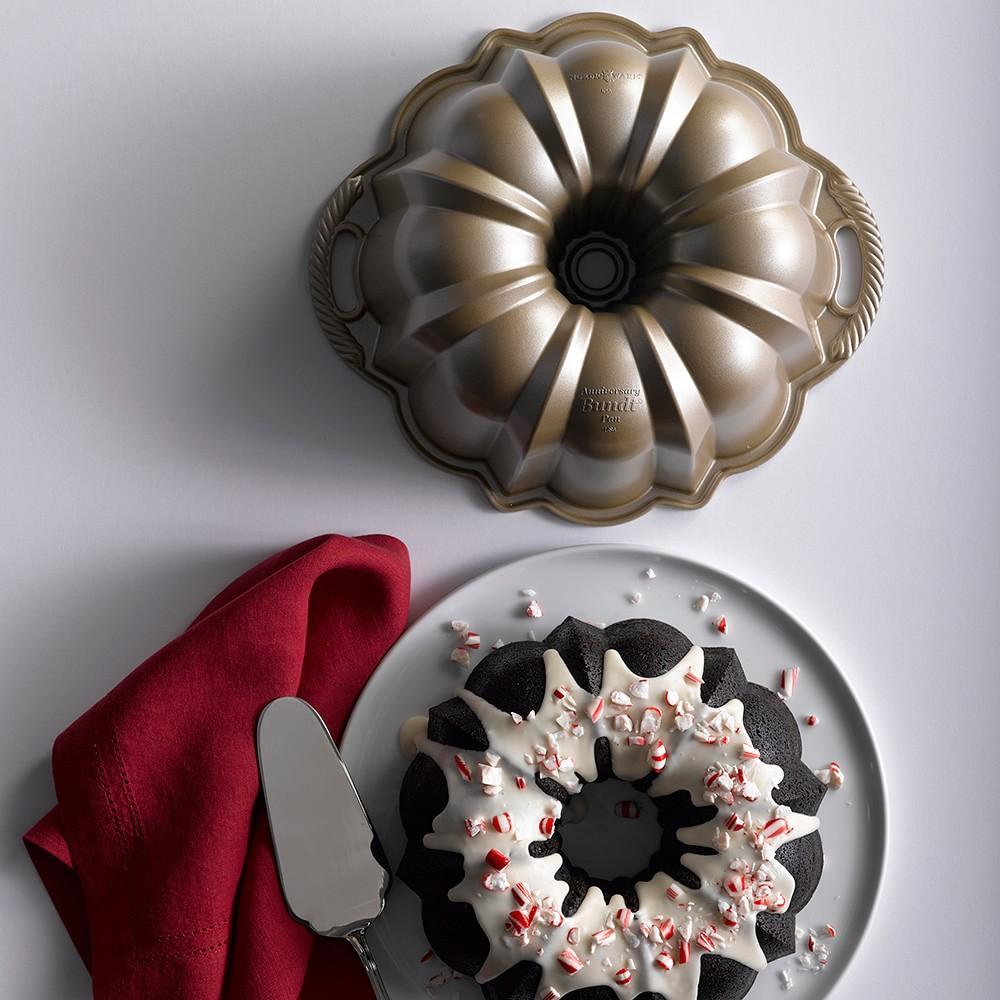 Nordic Ware Anniversary Bundt® Pan