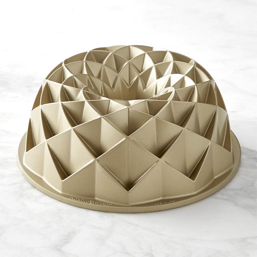 Nordic Ware Jubilee Bundt® Pan