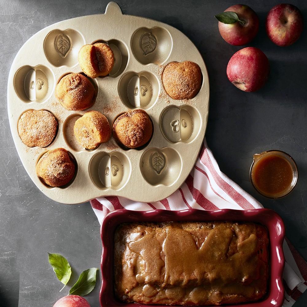 Nordic Ware Apple Cakelet Pan Williams Sonoma Au
