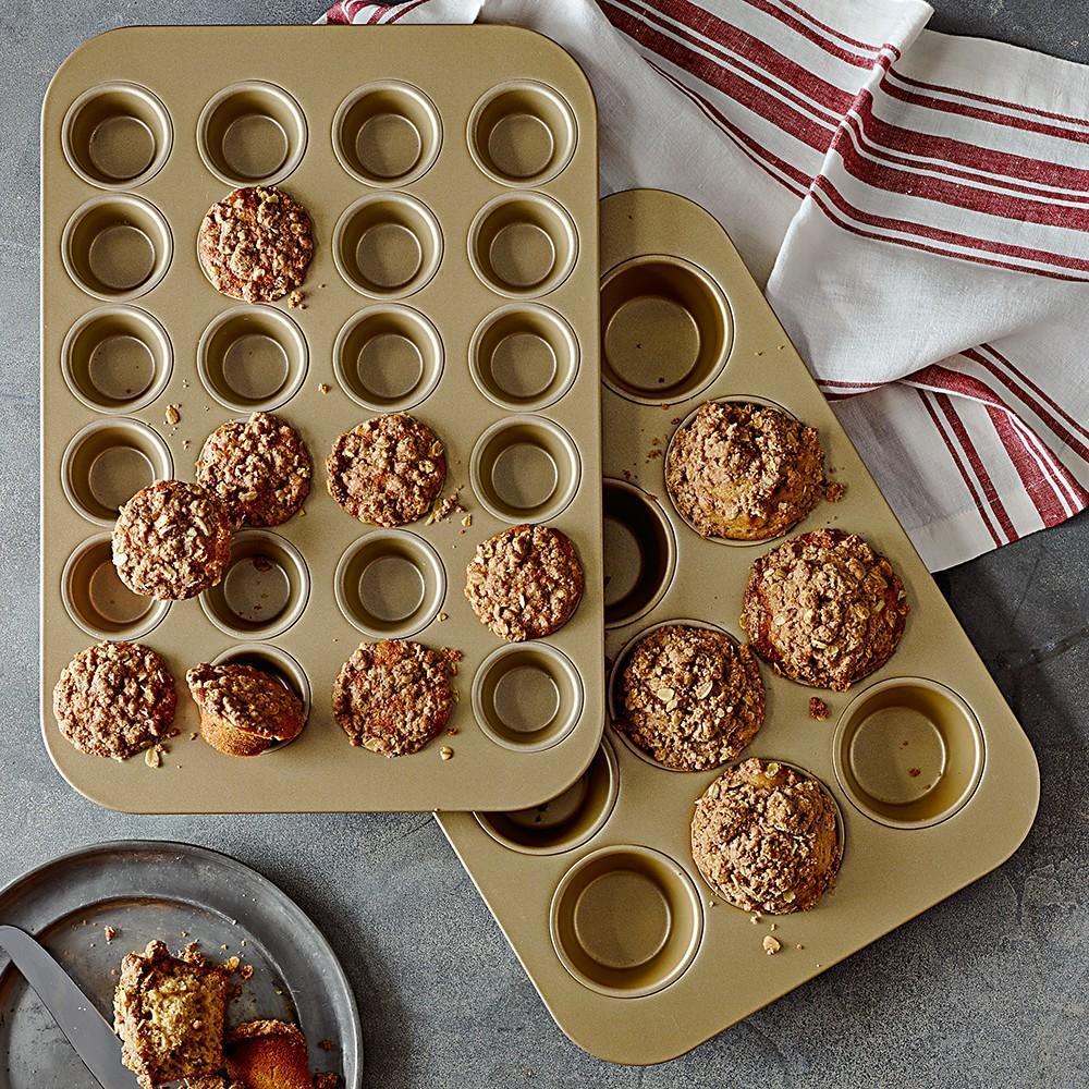 Williams Sonoma Goldtouch Nonstick Mini Muffin Pan 24