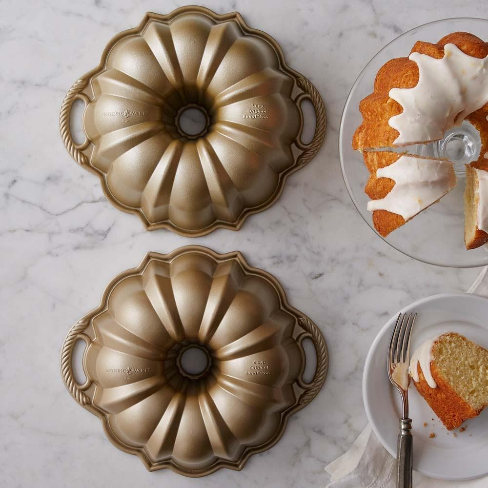 Nordic Ware Small Anniversary Bundt® Cake Pan