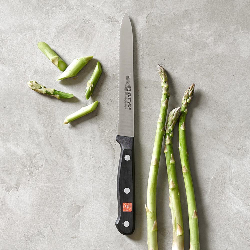 Wüsthof Classic Serrated Utility Knife