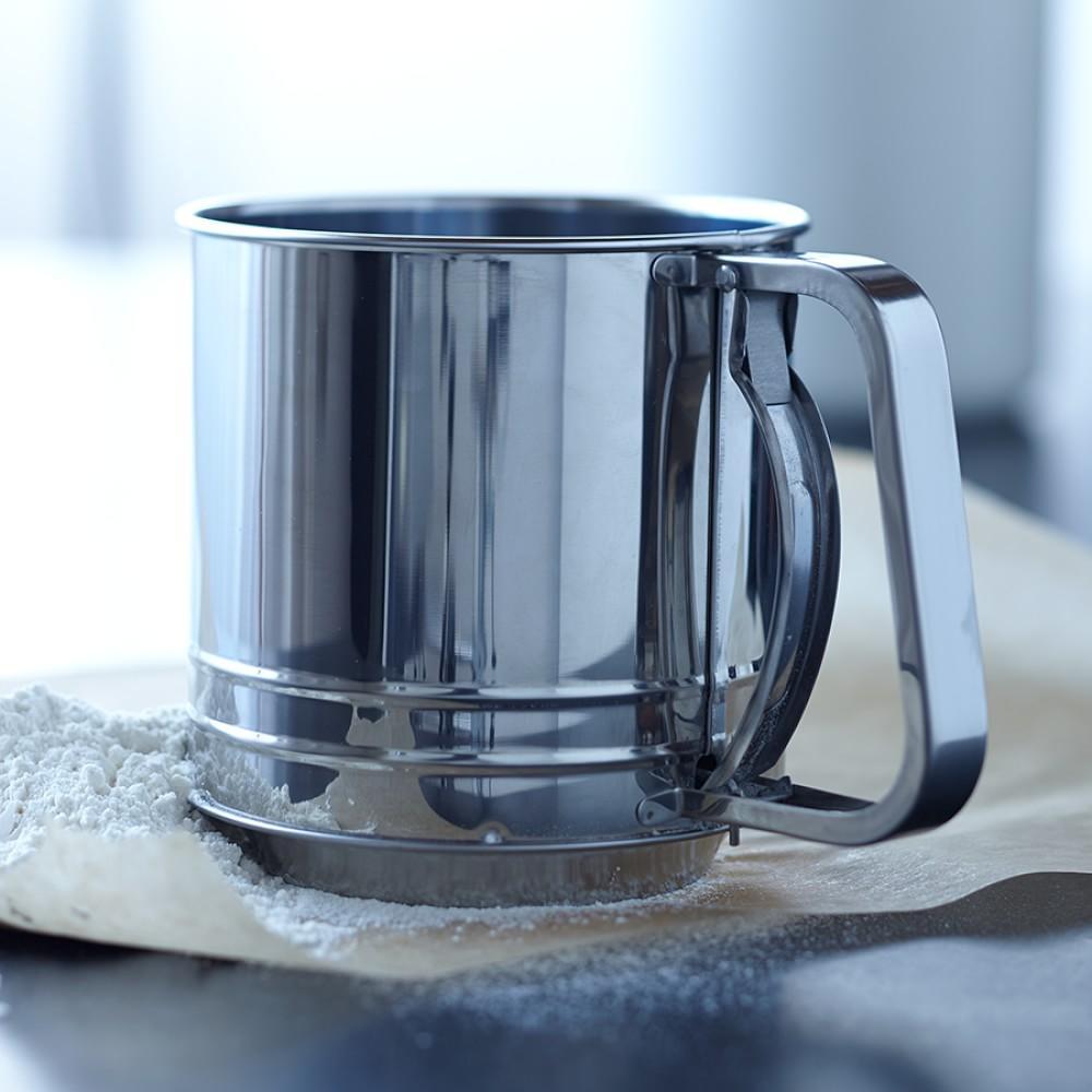 Williams Sonoma Open Kitchen Flour Sifter | Williams Sonoma AU