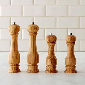 Williams Sonoma Traditional Olivewood Salt & Pepper Mills