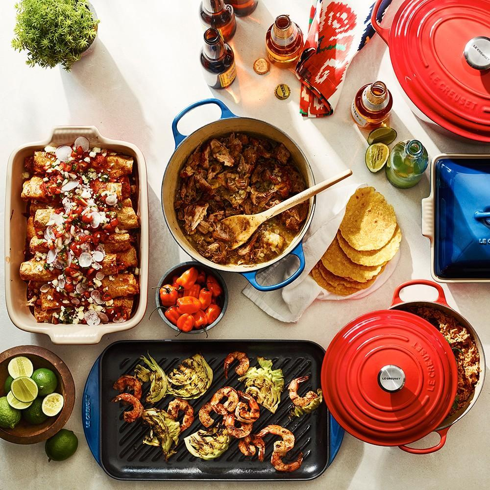 Le Creuset Signature Cast-Iron Double-Burner Skinny Grill