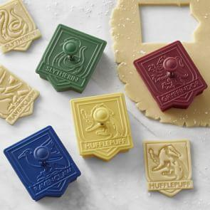HARRY POTTER™ House Crest Cookie Cutters, Set of 4