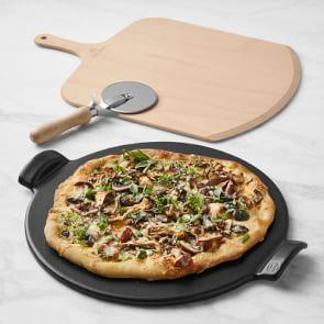 Emile Henry Pizza Gift Set