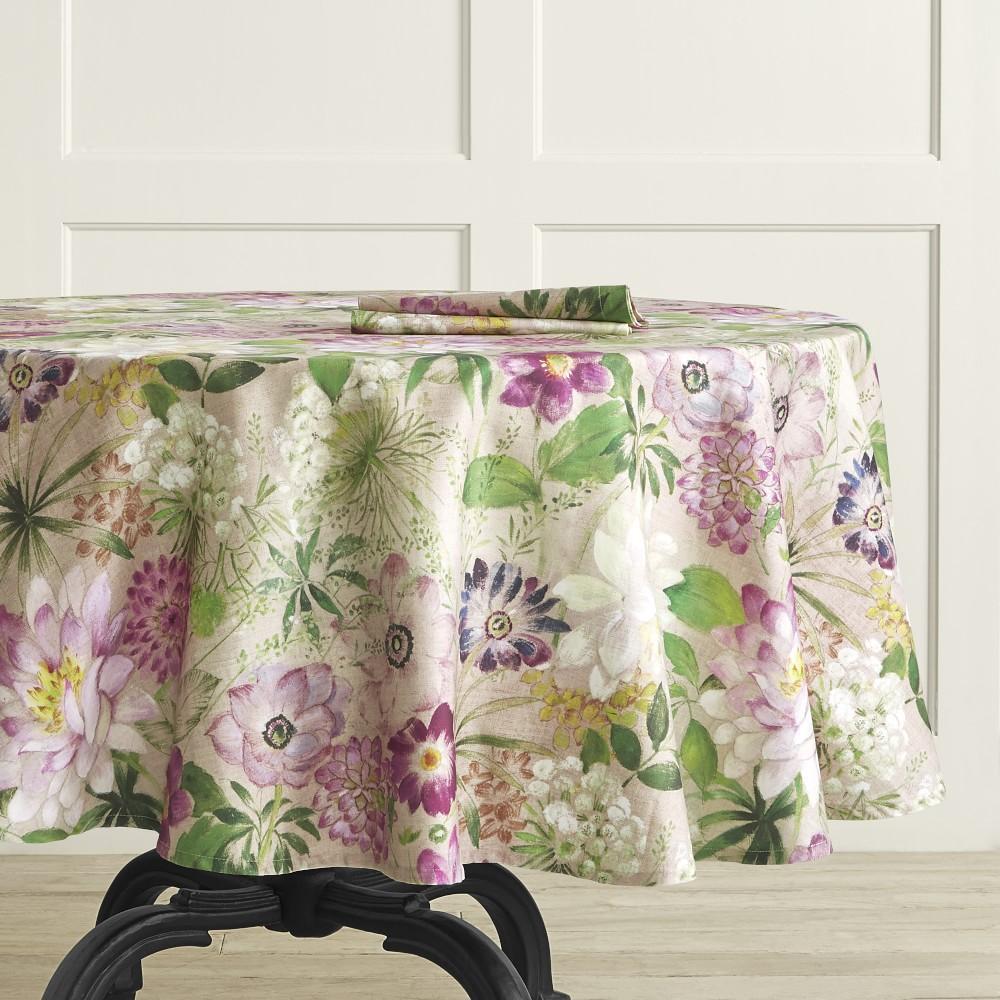 La Vie en Rose Tablecloth, Round