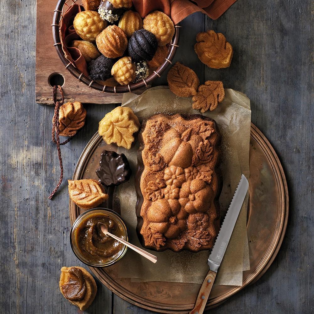 Nordic Ware Woodland Loaf Pan