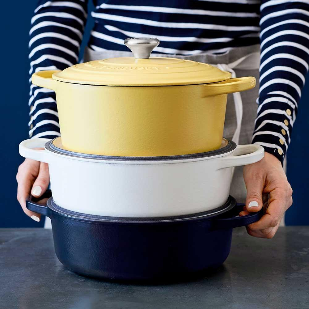 Le Creuset Signature Cast-Iron Matte Oval Dutch Oven