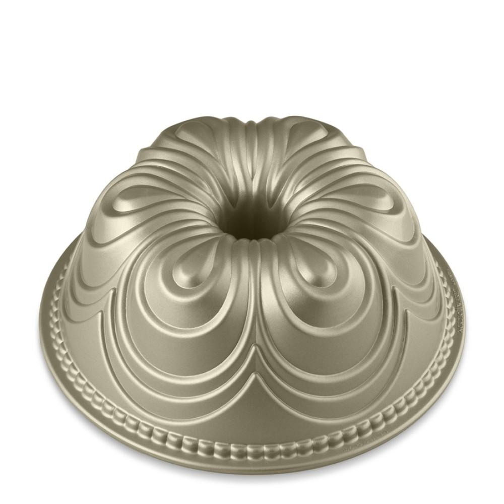 Cast Iron Bundt Cake Pan