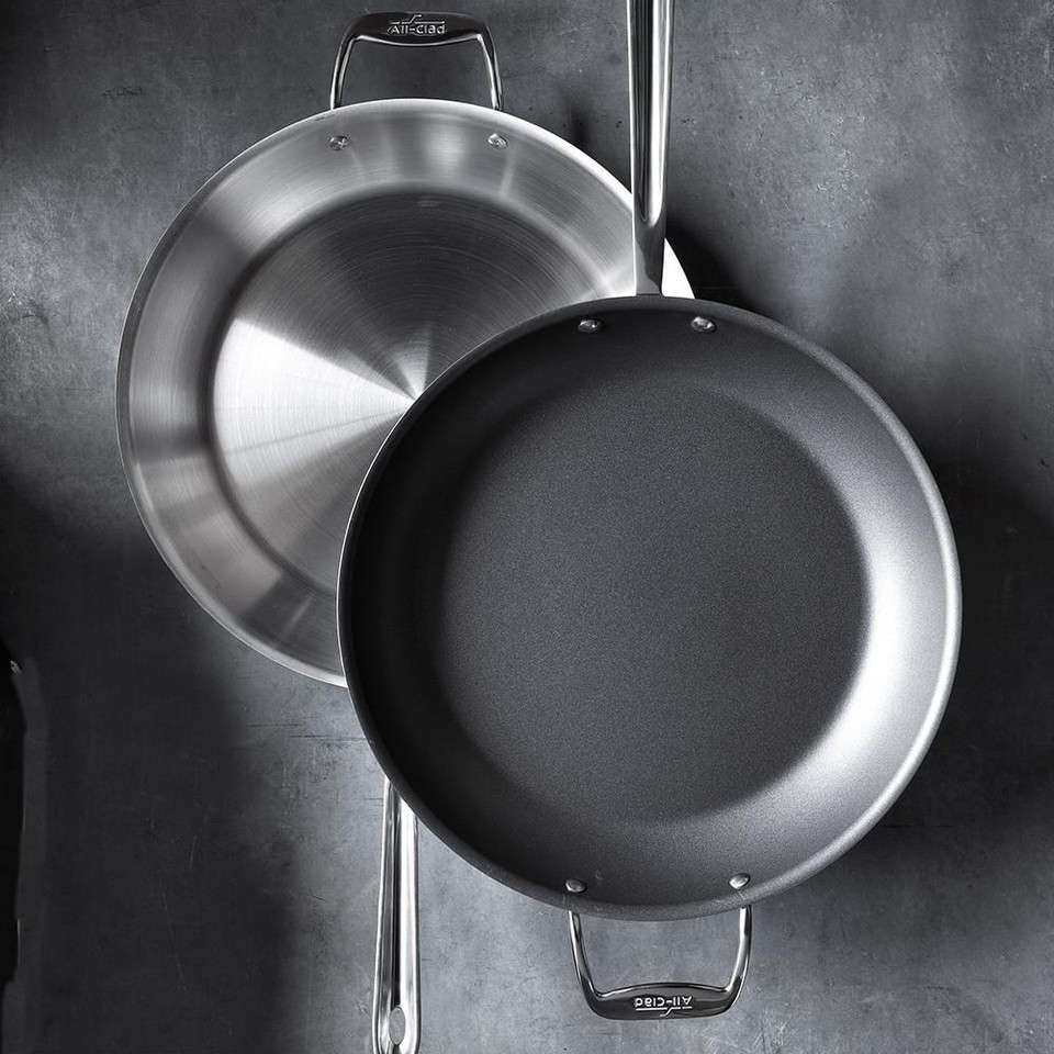 All-Clad d5 Stainless-Steel Nonstick Fry Pan
