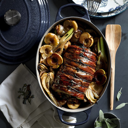 Le Creuset Signature Cast-Iron Oval Dutch Oven