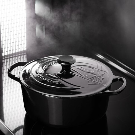 Le Creuset Enamelled Cast Iron Star Wars Darth Vader™ Round Dutch Oven, 5.2 L.