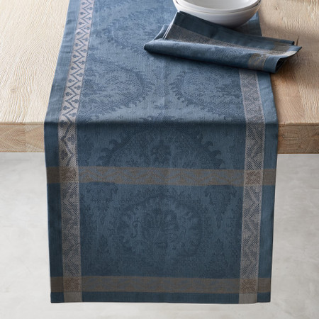 Sorrento Tile Jacquard Table Runner