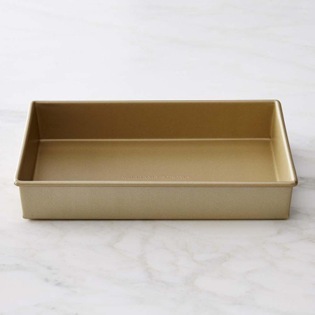 Williams Sonoma Goldtouch® Nonstick Rectangular Cake Pan