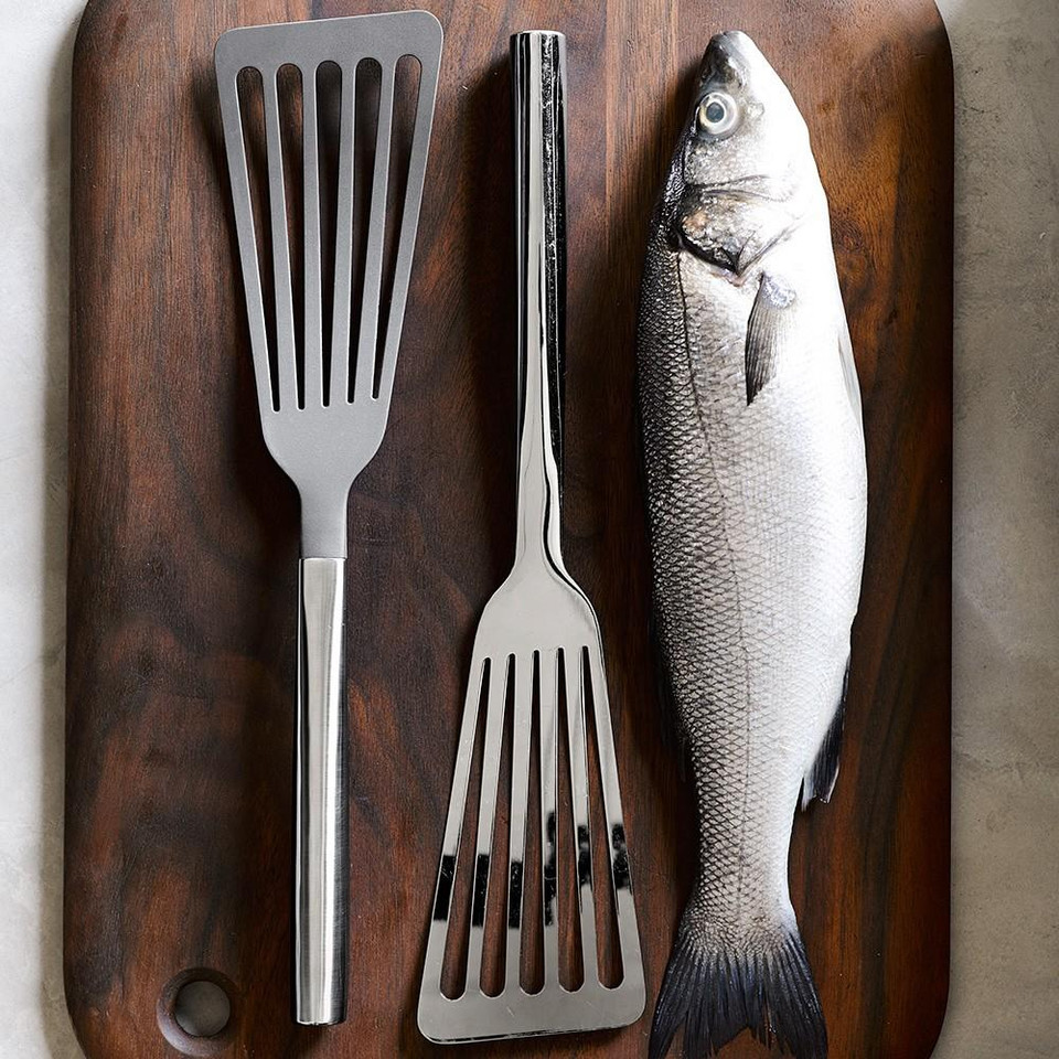 Williams Sonoma Fish Spatula