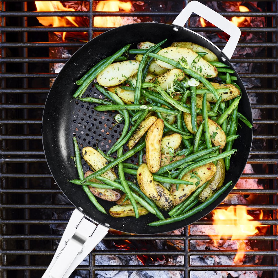 Williams Sonoma High-Heat Non-Stick Outdoor Skillet