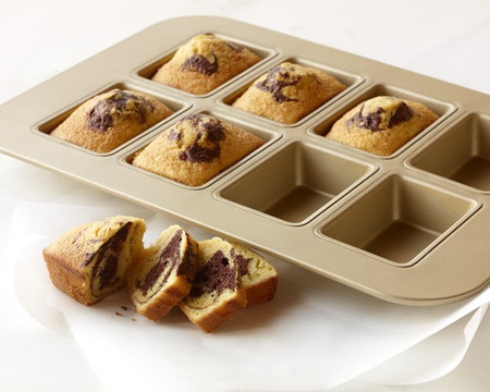 Williams Sonoma Goldtouch Nonstick Mini Loaf Pan