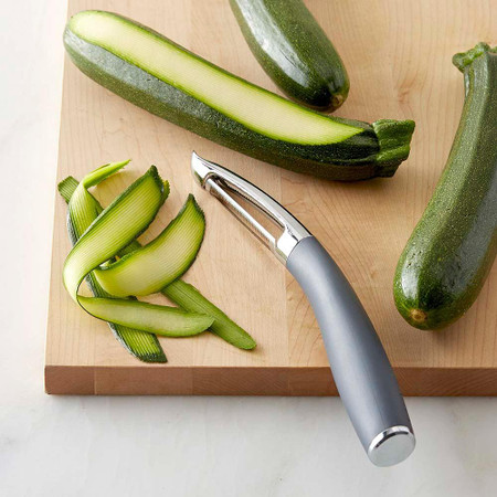 Williams Sonoma Prep Tools Straight Serrated Peeler